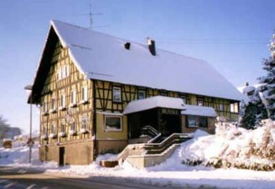 winterlicher Landgasthof Rössle